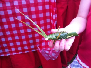 Leaf or cricket?